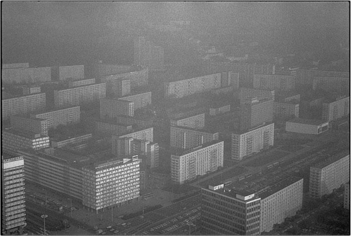 Peter Oehlmann, aus Graulandbilder, Berlin 1987